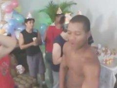 Party na Brasil - anal Birthday fuck in Brazil