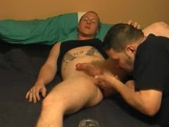 Amateur guy gets sucked
