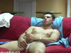 Muscular Straight Guy Vani tube Masturbating