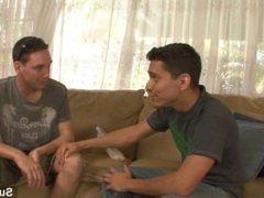 Awesome gays porn Lex Sabre and Ryan hub Thompson sucking their large dicks