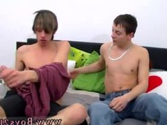 Amateur teen emo gay tube porn galore The dudes exchange kissing while interchanging