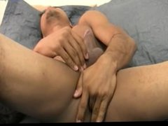 TONED TEEN porn BOY JERKING AND FINGERING hub HIS ASS