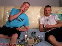 Old gay male gonzo sex tube Euro xxx lads Artur and King enjoy chainsmoking
