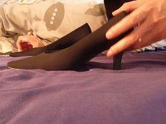 Cum sex in wifes black xnxx suede shoe