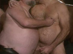 daddy sex bear fucked at xnxx sex party