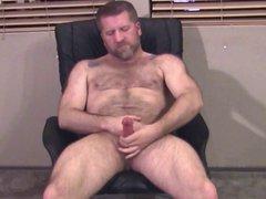 Wanking Daddy Bear gonzo 2