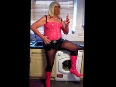 Chrissie smokes in gonzo the kitchen in xxx her new pink corest