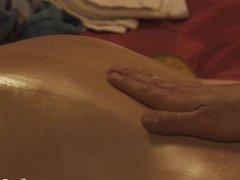 Sensual Massage porn Leads To Connection