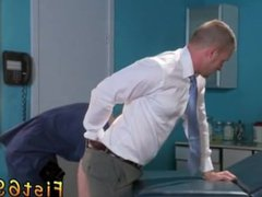 Male wrestling and gonzo kissing gay Brian xxx Bonds stops in to watch his doctor