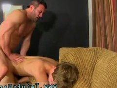 Free gay school boy tube porn galore xxx and muscular man fucking small pussy If
