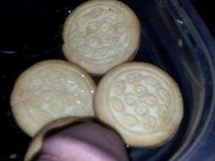 pee on cookies