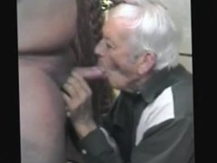 Old grandpa eat cum's tube bear