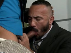 Alessio Romero gets gonzo fucked on the xxx table