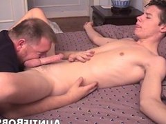 Young amateur porn guy rimmed and cock hub sucked by an old man