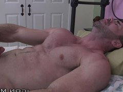 IconMale Muscle Bear Daddy tube Sneaks galore In College Boys Room !