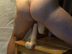 Mann sex reitet einen Dildo, xnxx fickt sich selbst in den Arsch